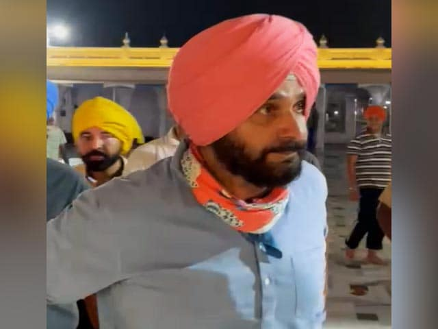 Video : Navjot Sidhu Gets His Way, Amarinder Singh Accepts Rival's New Role