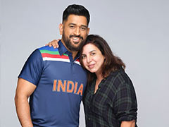 On Farah Khan's Pic With MS Dhoni, Fan Boy Ranveer Singh Drops This Comment