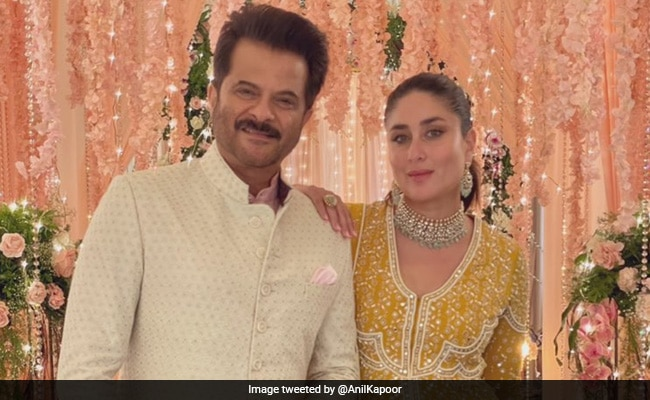 'OGs' Kareena Kapoor And Anil Kapoor Are 'Always Photograph Ready.' Here's Proof