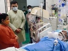 उमा भारती ने अस्पताल पहुंचकर यूपी के पूर्व सीएम कल्याण सिंह के स्वास्थ्य की जानकारी ली