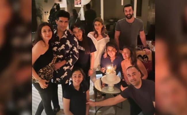 Inside Neetu Kapoor's Post-Birthday Celebrations With Ranbir, Riddhima And Manish Malhotra