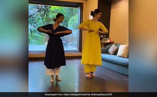 Shanaya Kapoor Dancing To Thare Rahiyo Is A Whole Mood