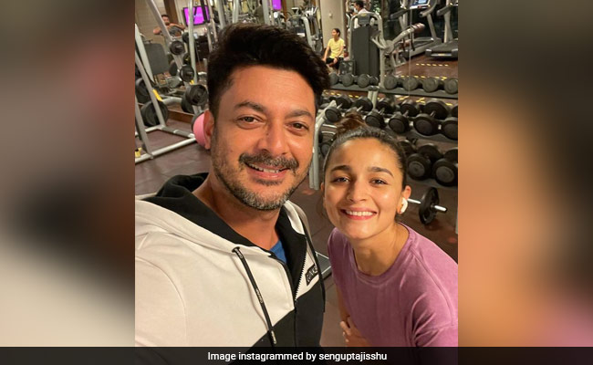 Look Who Alia Bhatt Bumped Into In Hyderabad - Her Sadak 2 Co-Star Jisshu Sengupta