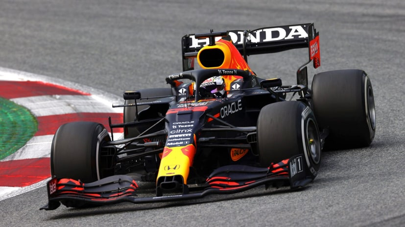 Verstappen's F1 car has received an engine update that will help it against Hamilton