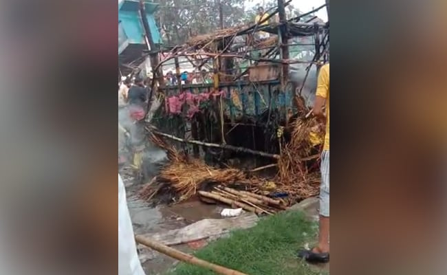 Fire At Farmers' Protest Site On Singhu Border, Tent Damaged: Police