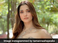 """Tamannaah Bhatia's Sparkly Gown Makes Her Look Better Than Any """"Glazed Donut"""" We've Ever Seen"""