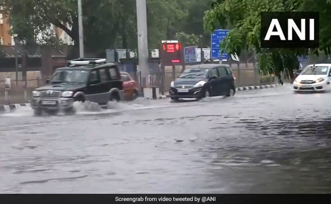 Heavy Rain In Delhi Leads To Waterlogging At Several Places, Weather Office Issues Advisory