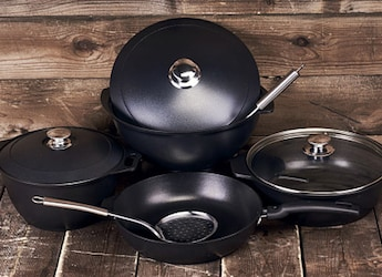 Best Deals On Induction-Friendly Cookware Sets - 5 Options