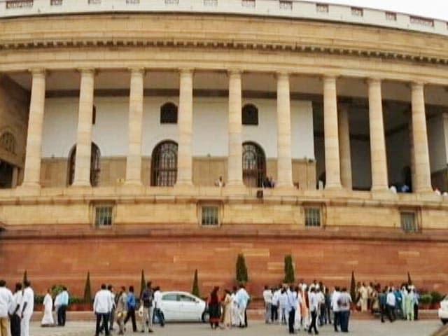 Video : Pegasus Snooping Cloud Hangs Heavy As Parliament Session Begins Today