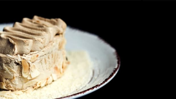 Don't Have An Oven? Fret Not; Make This Yummy White Forest Pastry In Under 30 Minutes