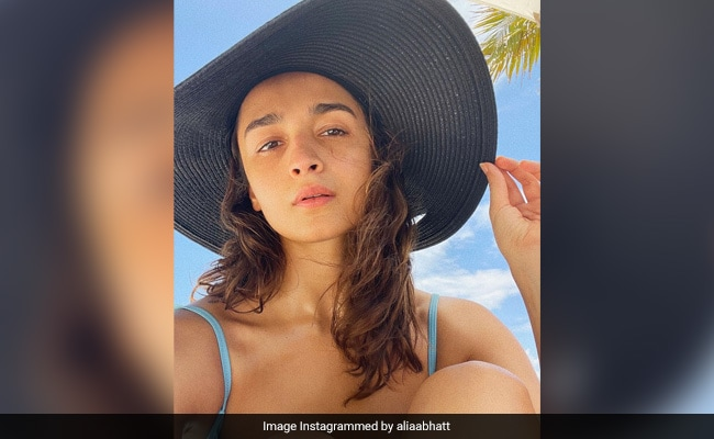 Alia Bhatt 'Shines' Bright Like The Sun In This Vacation Pic