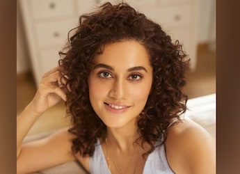Look How Taapsee Pannu Teases Her Sister For A Unique Avocado Toast Recipe