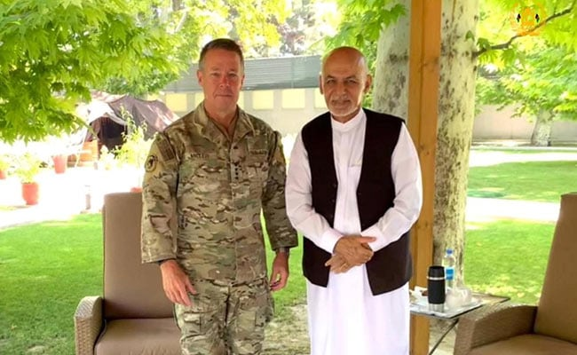 Top US General In Afghanistan Hands Over Command