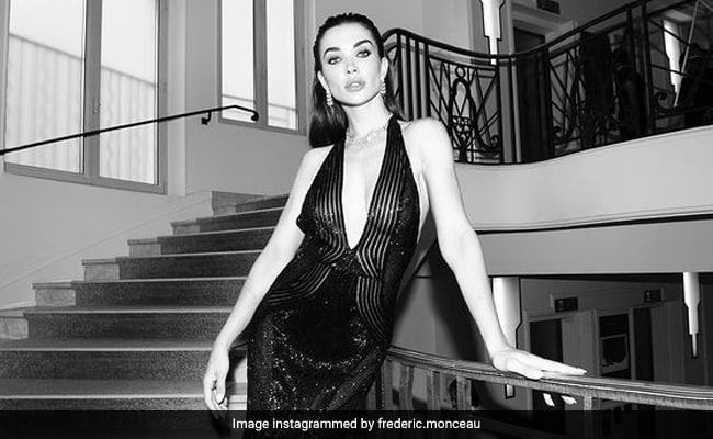 Cannes 2021: Amy Jackson Was A Femme Fatale In Black At amfAR Gala. See Pics