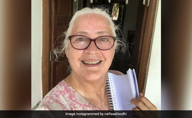 Nafisa Ali, 64, Is Ready For Her New Film With Her 'Cancer In Remission'