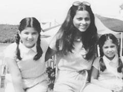 """Twinkle Khanna's """"Wonderful"""" Throwback Pic Gets A Whole Lot Of Love From Tahira Kashyap And Farah Khan Ali"""