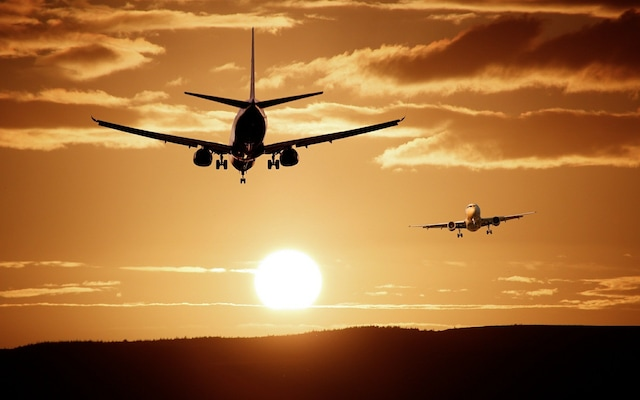 Air Traffic Controller's Slip Of Tongue Sets 2 Planes On Collision Course