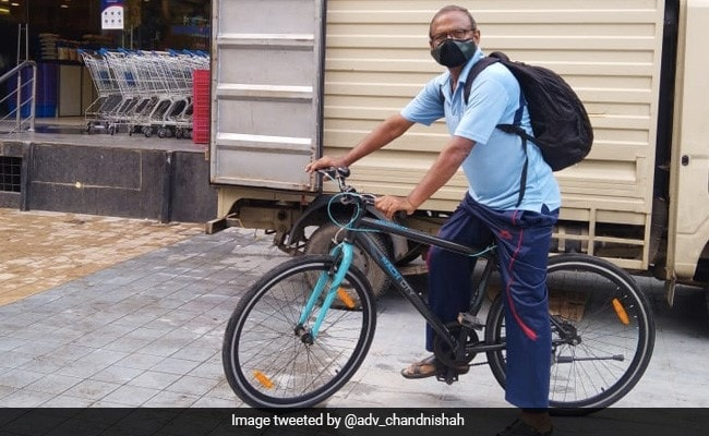 70-Year-Old Hyderabad Man Cycles His Way To Help People In Need Amid Covid