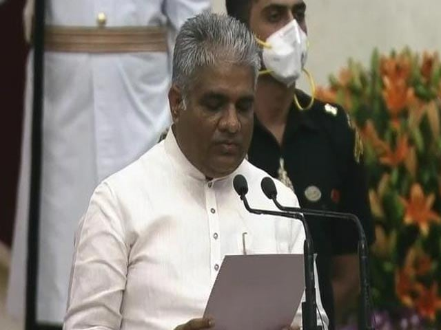 Video : Modi Cabinet 2.0: Bhupender Yadav Takes Oath As Minister