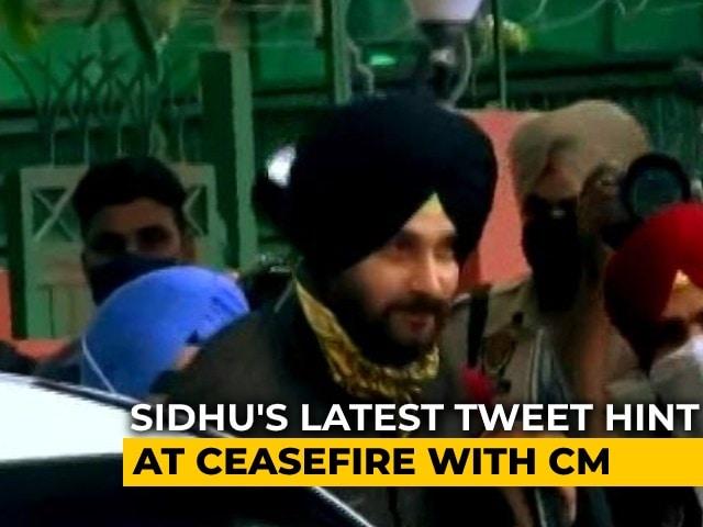 Video : As Gandhis' Meet On Him, Navjot Sidhu's Tweets Reveal Much