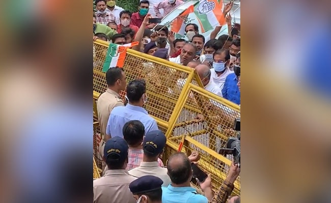 Water Cannon Used On Digvijaya Singh, Congress Workers Amid Bhopal Protest
