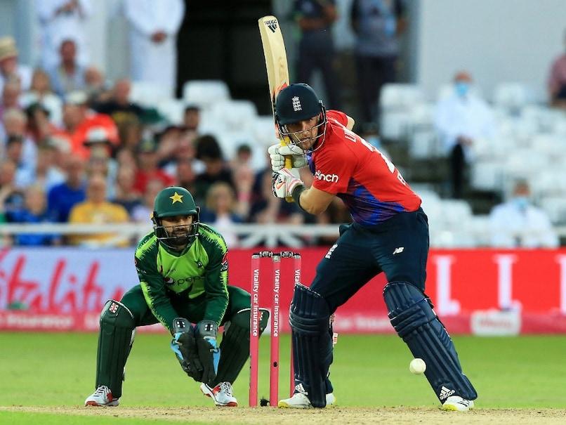 ENG vs PAK, 1st T20I: Babar Azam Leads Pakistan To Win Over England Despite Liam Livingstone Record Ton