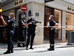 """Thieves Flee With """"Substantial"""" Haul After Robbing Jewellery Store In Paris: Report"""