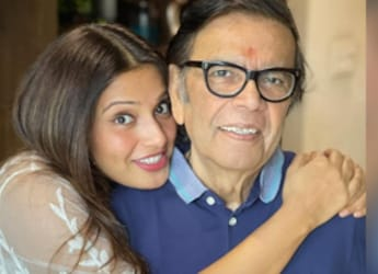 Bipasha Basu's Celebrates Father's Birthday And These Cakes Will Make You Drool
