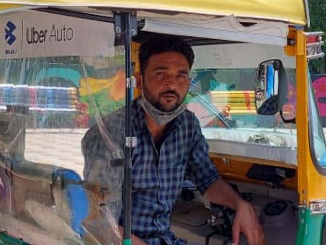 Video : COVID Warrior From Bhopal Converts His Auto-Rickshaw Into Ambulance
