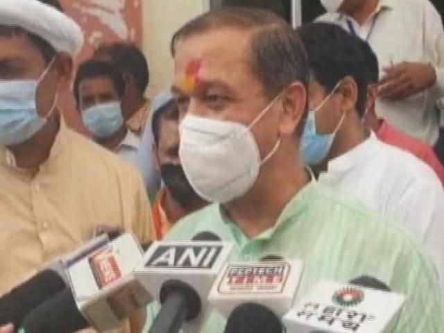 """Video : """"If There's No Trouble..."""" Madhya Pradesh Minister Amid Fuel Price Rise"""