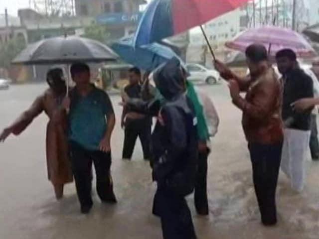Video : Red Alert In Karnataka As Floods Hit Several Districts, More Rain Predicted