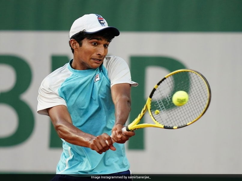 Wimbledon 2021: Indian-American Samir Banerjee Beats Victor Lilov 7-5, 6-3 To Win Boys Singles Title