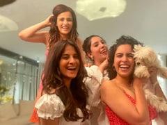 """Himesh Reshammiya Fans In The House"": Radhika Madan And Sanya Malhotra's <I>Pataakha</I> Moves Set The Floor On Fire"