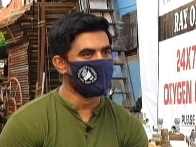 """Video : Mumbai's """"Oxygen Man"""" Shahnawaz Shaikh Sold His SUV To Save 8,000 Lives Amid Covid"""
