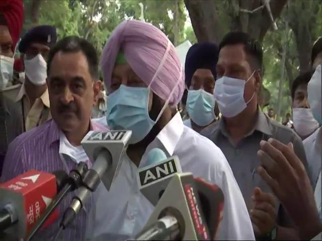 "Video : ""Will Do What Sonia Gandhi Decides"": Amarinder Singh Amid Rift With Sidhu"