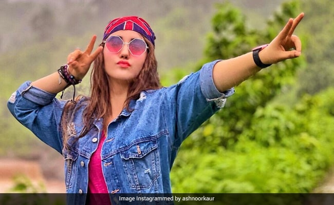 Actress Ashnoor Kaur Scores 94% In Class 12. 'Didn't Disappoint Myself,' She Writes