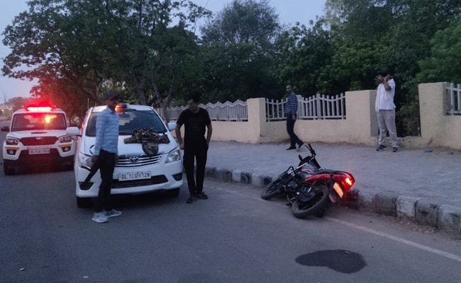 2 Men Arrested In Delhi As Cops Probe Robbery Caught On CCTV