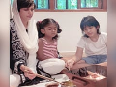 Mandira Bedi Performs <I>Puja</i> In Memory Of Raj Kaushal With Daughter Tara And Son Vir By Her Side