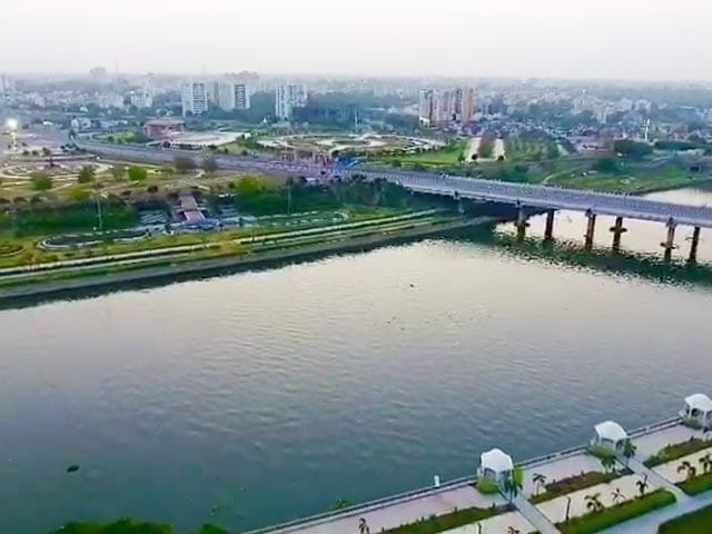 Video : CBI Files Fresh Case In Akhilesh Yadav's Gomti River Project, Raids Over 40 Places
