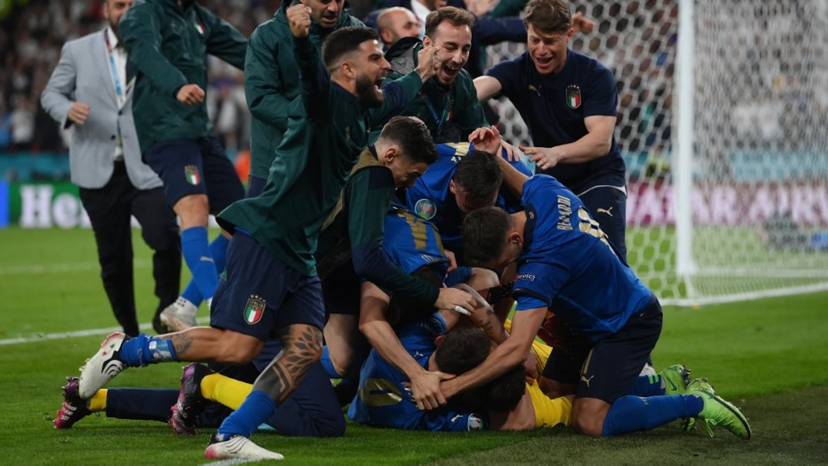 Photo of UEFA EURO Final 2020: Fabio Cannavaro, Michael Vaughan Lead Reactions As Italy Edge Past England In Penalty Shootout Thriller