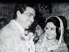 """Dharmendra Posts A Throwback Pic With His """"Guddi"""" Jaya Bachchan As They Reunite For New Film"""