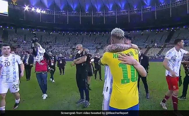 Video- अर्जेंटीना ने जीता Copa America Final का खिताब तो नेमार लगे रोने, मेसी ने गले से लगाया