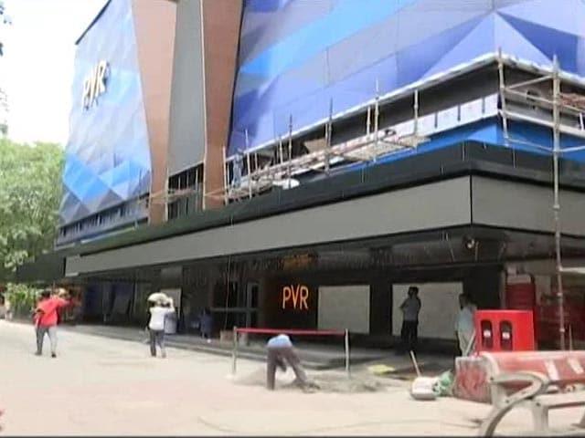Video : Delhi Theatres At 50%, Metro Trains At Full Capacity From Monday