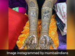 Bride Adds Sporty Touch To Her <i>Mehendi</i> With Mumbai Indians, Man United Logos