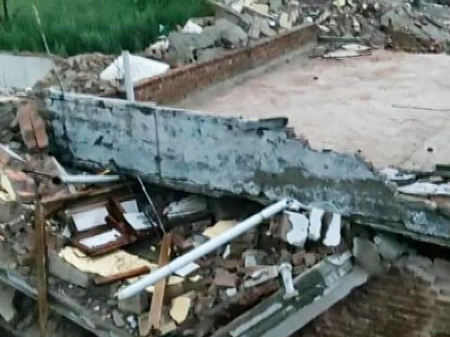 Video : 3-Storey Building Collapses In Gurgaon, Several Feared Trapped