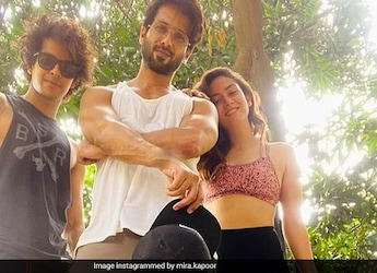 Mira Kapoor Tempts Ishaan Khatter With This Delish Treat On Returning Home