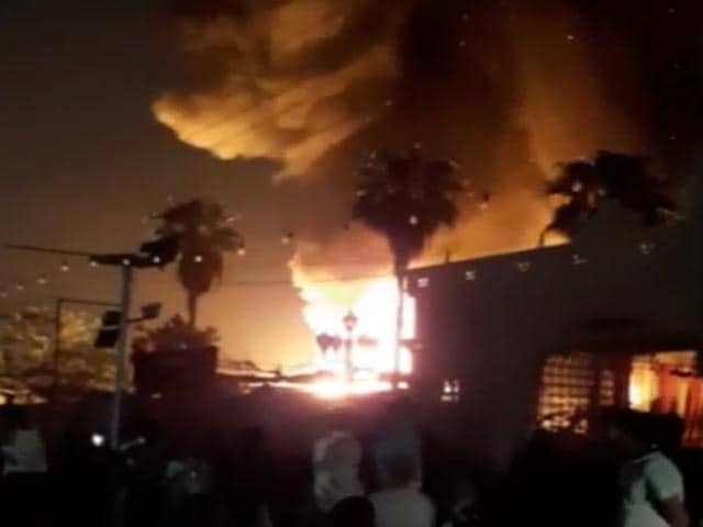 Video : Fire Breaks Out At Godown In Ghaziabad