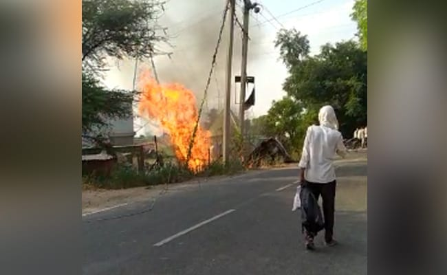 CNG Car Hits Electric Pole In Gurgaon, Burns For Hours, 2 Dead