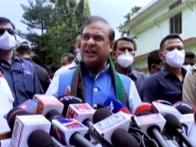 "Video : ""Sniper Guns, AK-47s With Mizoram Civilians"": Assam On Travel Advisory"