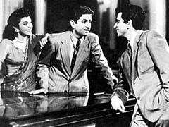 How Raj Kapoor Helped When Dilip Kumar's Dad Discovered Career Switch